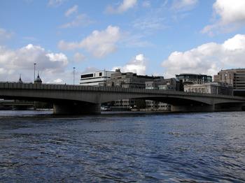 london020.jpg